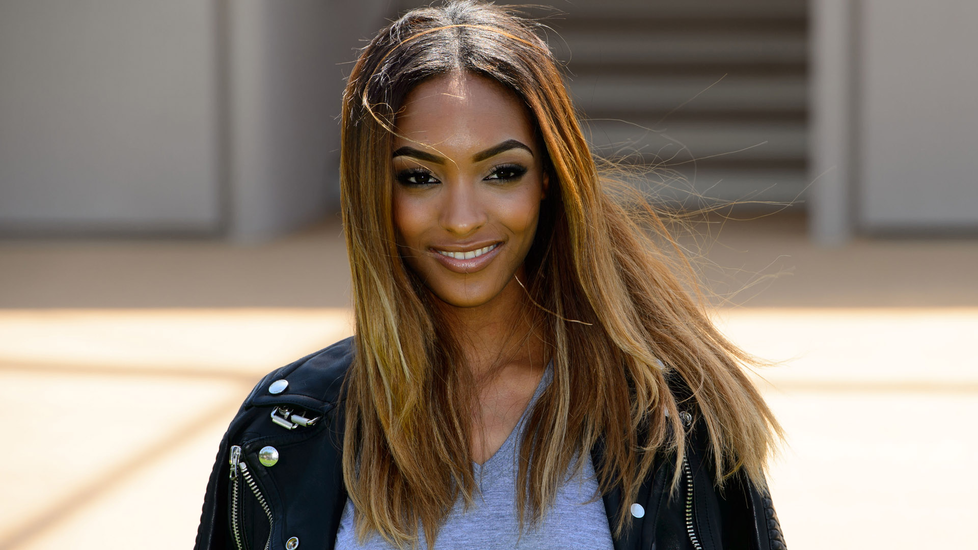 British model Jourdan Dunn arrives for the Burberry Prorsum Menswear collection, during London Collections for Men Spring/Summer 2015 in central London, Tuesday, June 17, 2014. (Photo by Jonathan Short/Invision/AP)